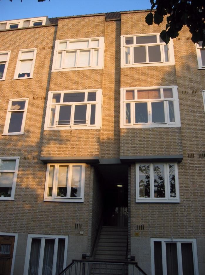 O bloco de apartamento onde a família Frank morou entre os anos de 1934 à 1942.
