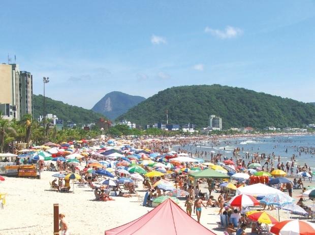 Praia Central de Guaratuba (PR).