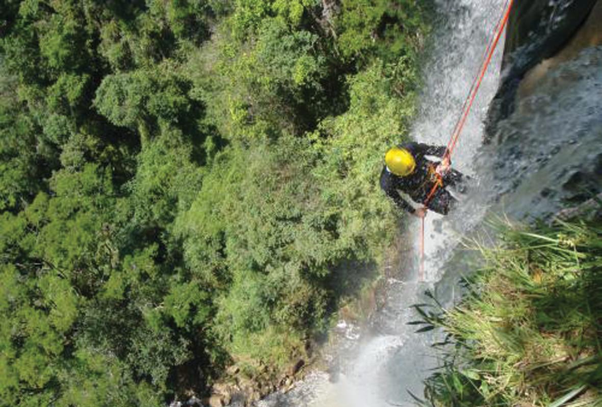 Salto Sete – Ecoturismo e escalada. Prudentópolis (PR).