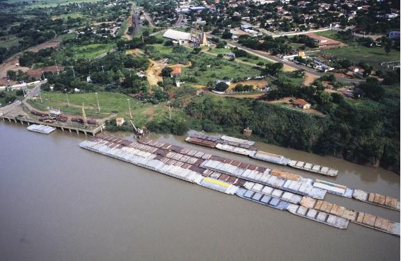 A cidade de Presidente Epitácio fica às margens do rio Paraná, na região oeste do estado de São Paulo.