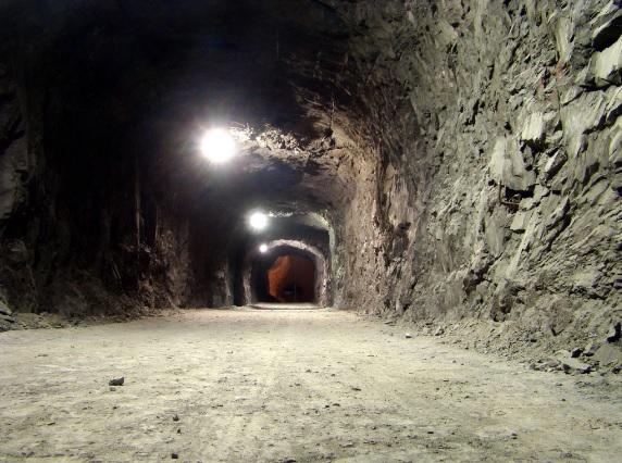 Santa Helena – maior mina subterrânea de calcário da América Latina